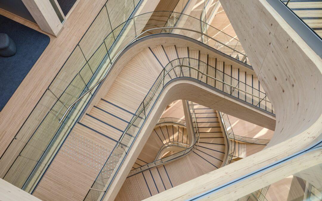Einzigartige Holztreppen-Konstruktion
